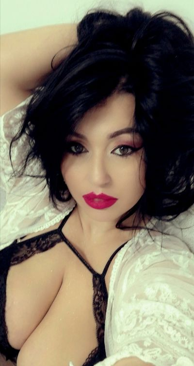 Terri Solis - Escort Girl from Waterbury Connecticut