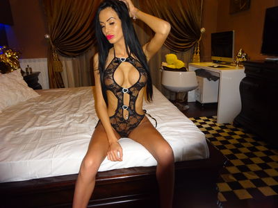 Allyah Britney - Escort Girl from Corona California