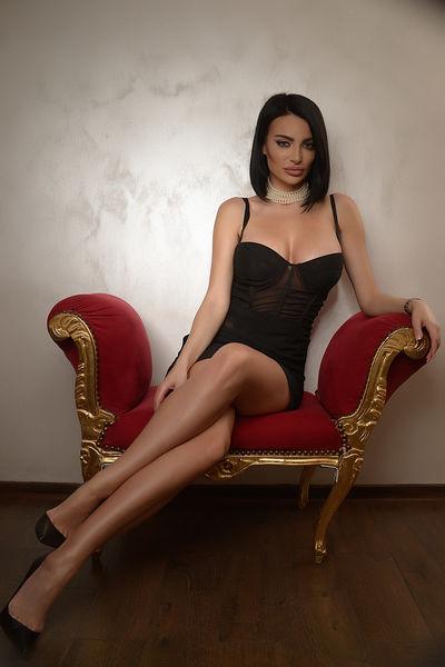 Amber Joulie - Escort Girl from Warren Michigan