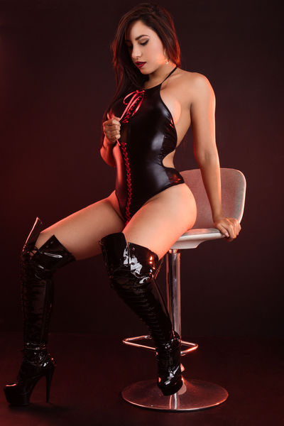 Ashley Britt - Escort Girl from Los Angeles California