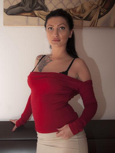 Azteka Girl - Escort Girl from Costa Mesa California