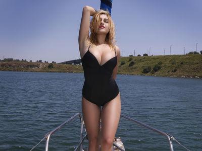 Laura Morris - Escort Girl from Costa Mesa California