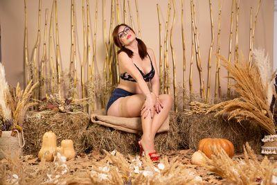 Ruth Simmons - Escort Girl from Costa Mesa California