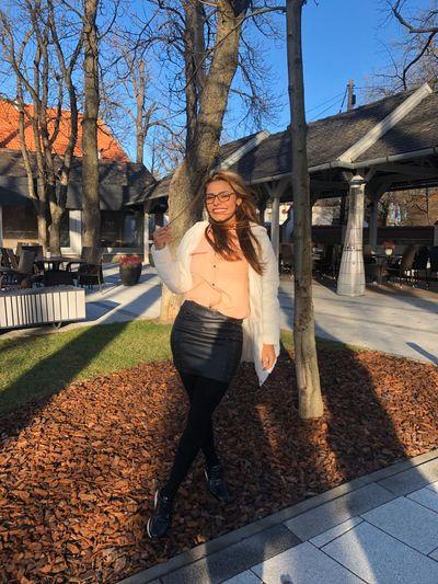 Linda Thomas - Escort Girl from Warren Michigan