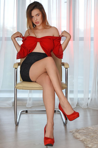 Katy Prada - Escort Girl from Corona California