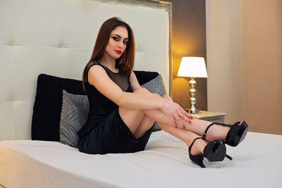 Sonia Higgins - Escort Girl from Irvine California
