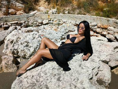 Kimberly Reinhardt - Escort Girl from Warren Michigan