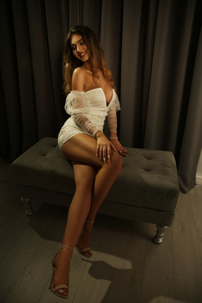 sabrinalavender - Escort Girl from Warren Michigan