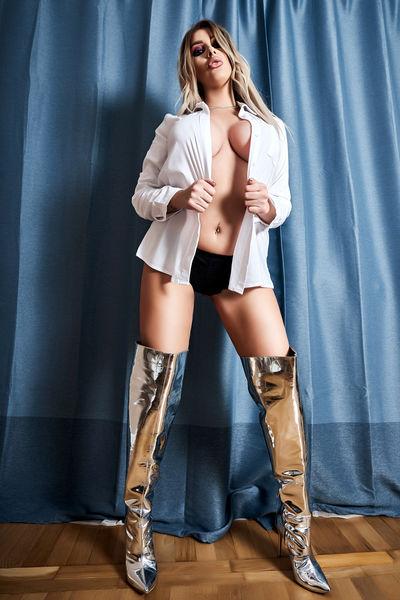 Jayme Fenton - Escort Girl from Columbia Missouri