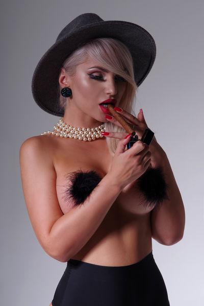 Sharon Bryant - Escort Girl from Pembroke Pines Florida