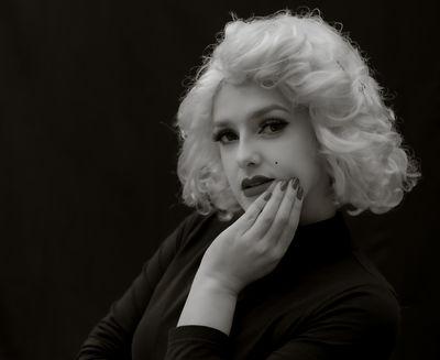 Victorie Le Blanc - Escort Girl from Costa Mesa California