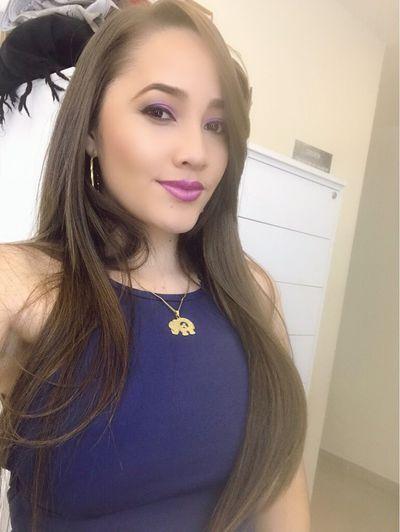 Linda Stiles - Escort Girl from Costa Mesa California