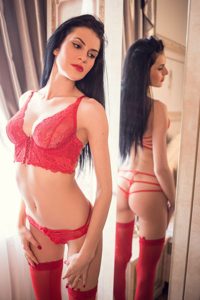 Petite Escort in San Francisco California