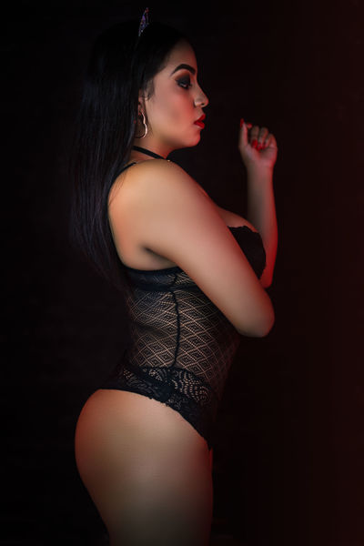 Adilyn Waters - Escort Girl from Concord California