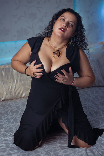Aidin More - Escort Girl from West Palm Beach Florida