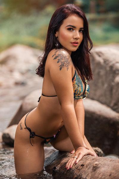 Alexa Jobs - Escort Girl from Columbia South Carolina