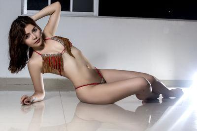 Angeliquelu - Escort Girl from Corona California