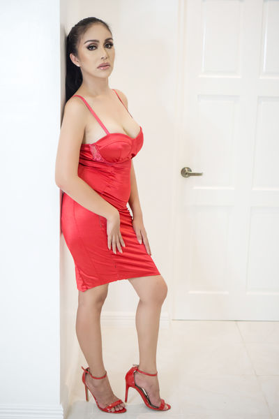 Dona Vidrio - Escort Girl from Newport News Virginia