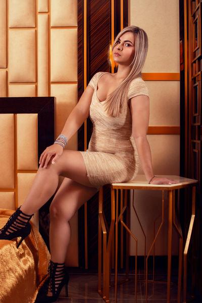 Clarise Muller - Escort Girl from Warren Michigan