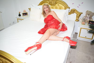 Elektra Bold - Escort Girl from Warren Michigan