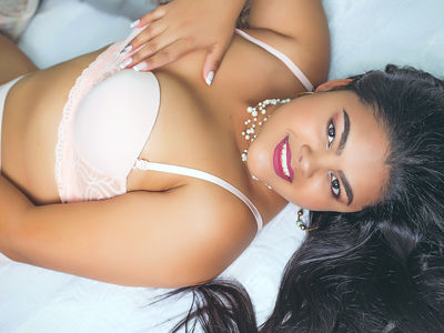 Karlazari - Escort Girl from Los Angeles California