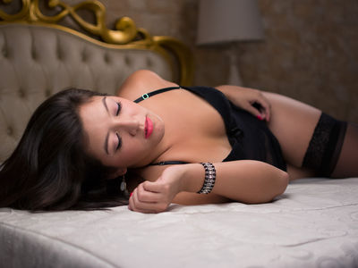 Brunette Escort in Concord California