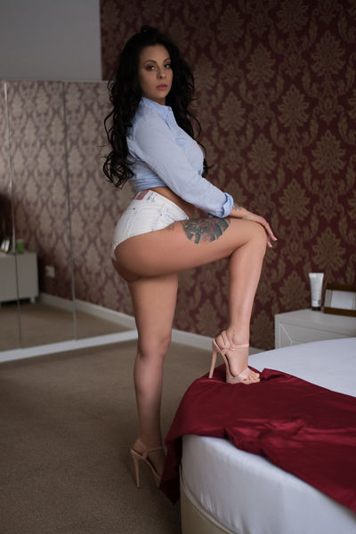 Brenda Ward - Escort Girl from Corpus Christi Texas