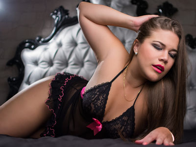 Caucasian Escort in Oceanside California