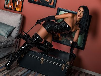 Pixie Parks - Escort Girl from West Covina California