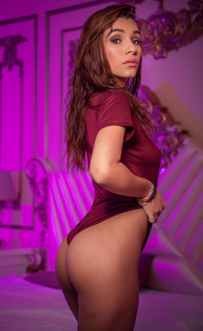 Nikki Bricia - Escort Girl from Concord California