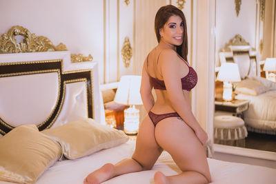 Oshunlee - Escort Girl from Costa Mesa California
