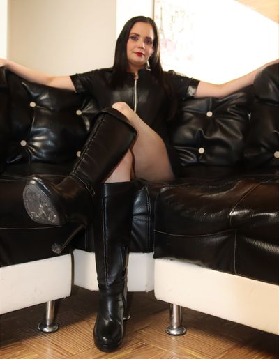 Paola Rose - Escort Girl from West Covina California