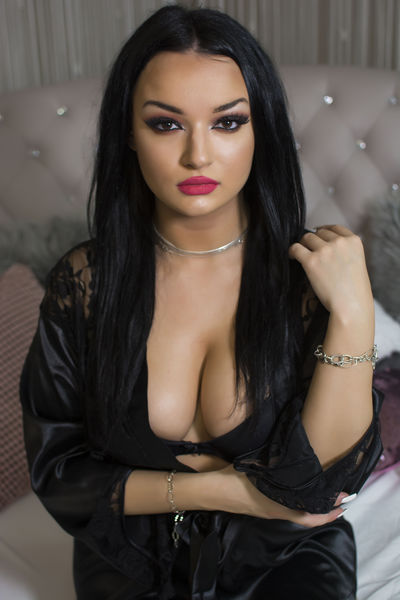Violet Luxe - Escort Girl from Waterbury Connecticut
