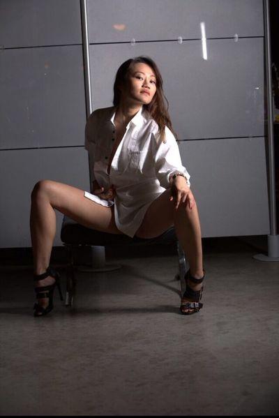 SG Courtesan - Escort Girl from Corona California