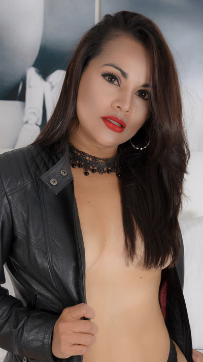 Samantha Beckham - Escort Girl from Columbia Missouri