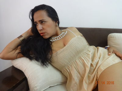 Tetona Mendoza - Escort Girl from Warren Michigan