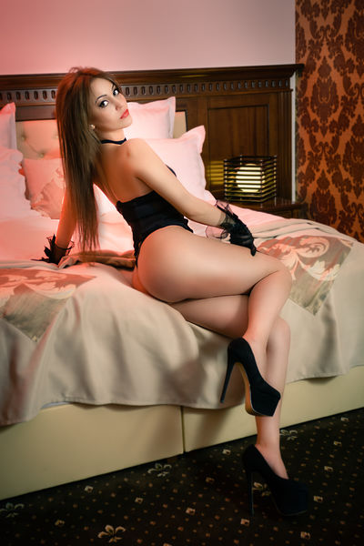 jeanineplay - Escort Girl from Corona California