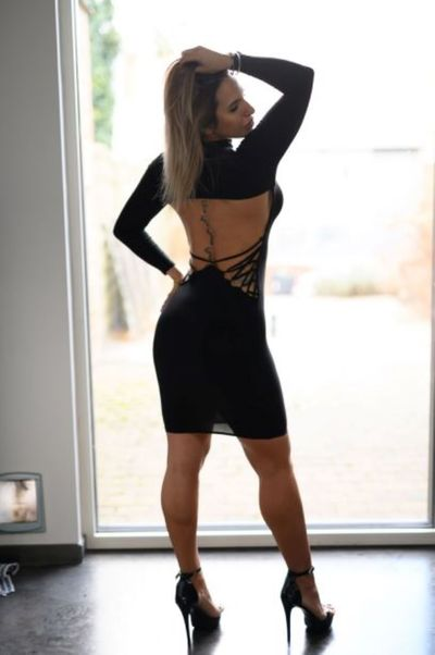 Kimberly Reinhardt - Escort Girl from Warren Michigan