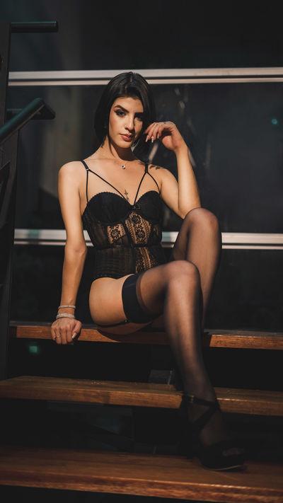 tokyo Lein - Escort Girl from Warren Michigan